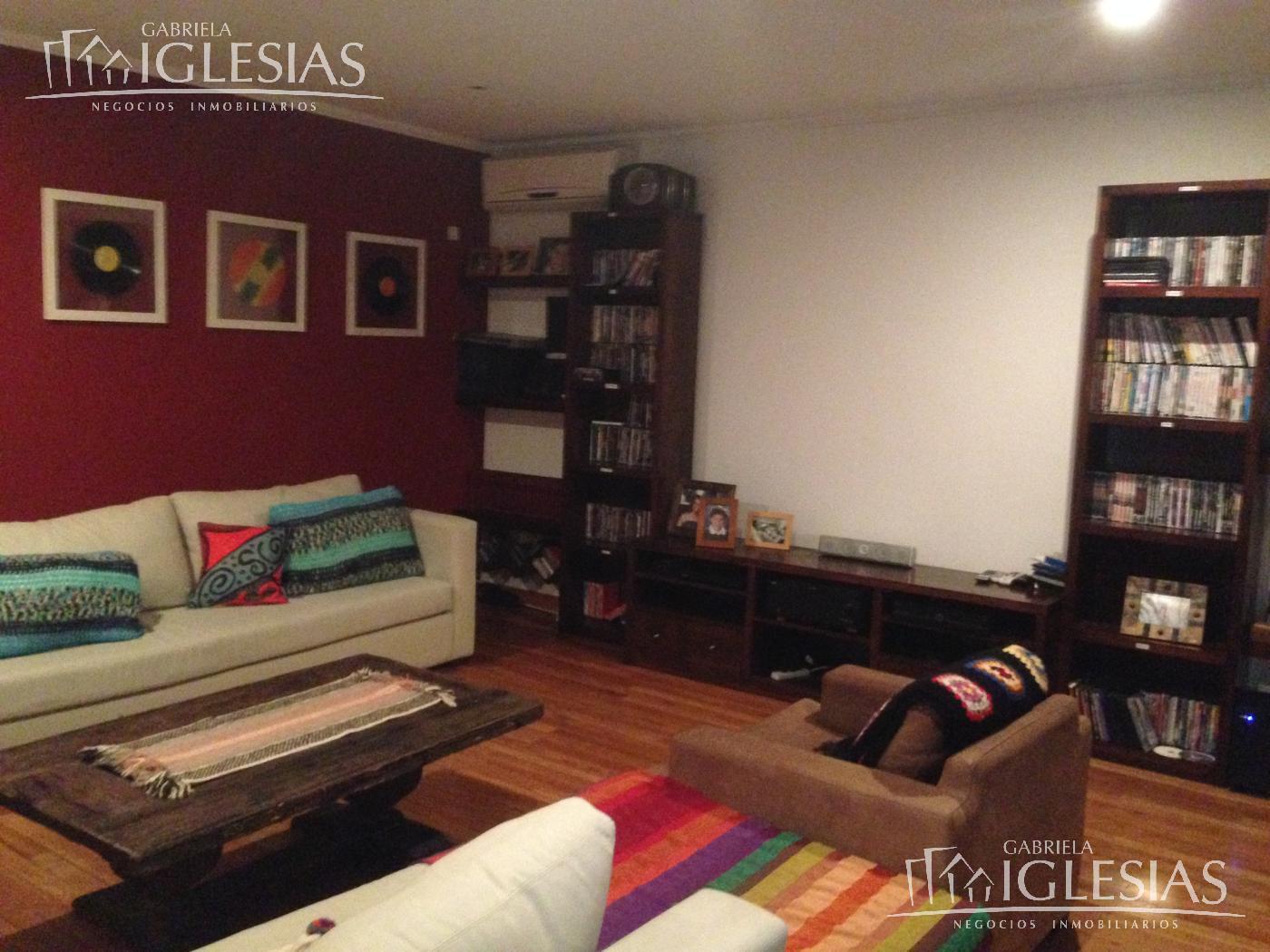 Casa en Venta Alquiler en Los Castores a Venta - u$s 2.000.000 Alquiler - u$s 8.000