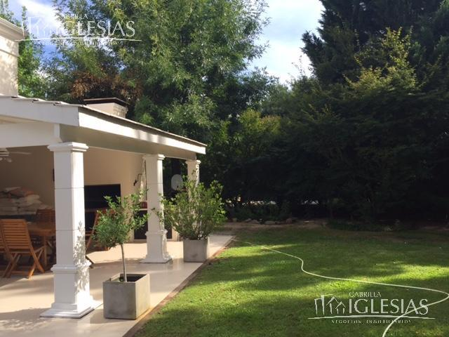 Casa en Venta en La Isla a Venta - u$s 859.000
