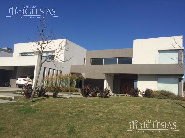 Casa en Alquiler en El Golf a Consulte precio