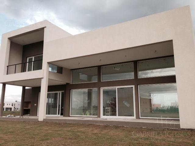 Casa en Venta Alquiler en Lagos del Golf a Venta - u$s 849.000 Alquiler - $ 65.000