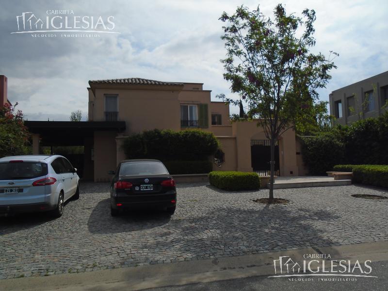 Casa en Alquiler Venta en La Isla a Alquiler - $ 95.000 Venta - u$s 1.500.000